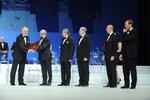 R.Kardasz prezes PCO S.A. odbiera nagrodę zdjęcie 2, źródło BCC.JPG