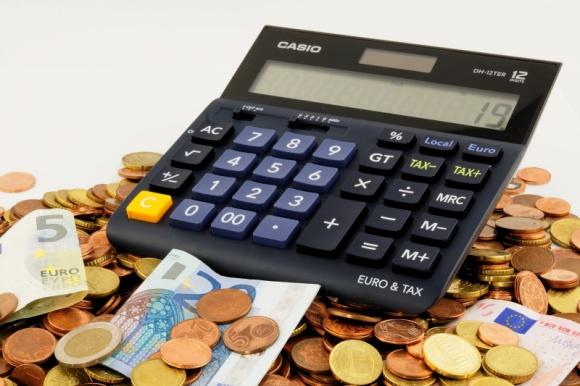 Jakie będą nasze emerytury na tle Unii Europejskiej? LIFESTYLE, Finanse - W Polsce w planach jest obniżenie wieku emerytalnego dla wszystkich obywateli. Czy to wpłynie pozytywnie na wysokość naszych emerytur?
