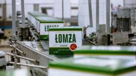 PRODUKCENT MARKI ŁOMŻA PRZEZNACZA 2 MLN NA WALKĘ Z KORONAWIRUSEM LIFESTYLE, Finanse - Van Pur S.A. największa polska spółka piwowarska, producent marek takich jak Łomża, Karpackie czy Cortes, włącza się do walki z pandemią koronawirusa w Polsce.